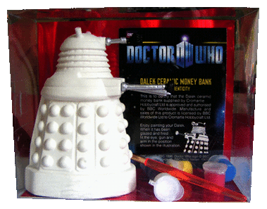 Dalek moneybank ready to decorate
